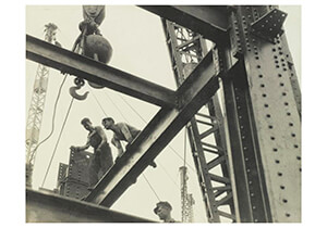 "Lewis Hine(1874-1940) -The ""Steel Workers"" Are Always On Top. ""Constructors"" Lay A- Postkaart"