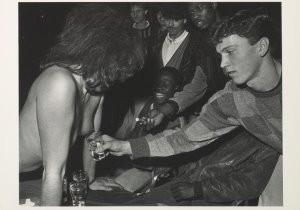 Erwin Olaf (1959) -Boys meet girl- Postkaart