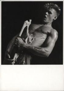 Erwin Olaf (1959) -Joy (marc)- Postkaart