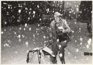 Edward Roussou -Sneeuw 5- Postkaart