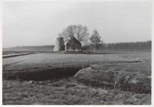 Ge Dubbelman (1955) -Hollandse Hoogte / Lage Zwaluwe, Molen de Schuddeb- Postkaart