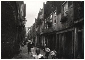 George H. Breitner (1857-1923)-Lange Lijnstraat- Postkaart