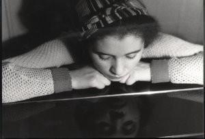 Eva Besnyo  (1910-2003) -Chaja, Amsterdam- Postkaart