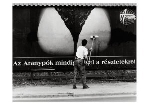Miklos Teknos -Bill-Sticker in Budapest, Nepszabadsag- Postkaart