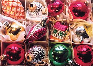 Francis Lake -Kerstballen zolder- Postkaart
