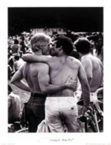 Vincent Mentzel (1945) -Zoenende mannen- Poster