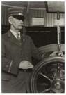Lewis Hine(1874-1940) - The Pilot - Postkaart - A16611-1