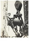 Lewis Hine(1874-1940)  -  Riding The Ball High Up On Empire State - Postkaart -  A16694-1