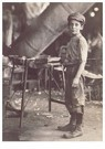 Lewis Hine(1874-1940)  -  One Of Many Young Boys On Night Shift In A W. Va. Glass Fact - Postkaart -  A16735-1