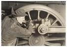 Lewis Hine(1874-1940) - Driving Wheel Of Locomotive - Postkaart - A16769-1
