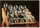 -  Elektrische gloeidraadlampen in een rek, 1881-82 - Postkaart -  A9689-1