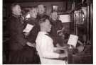 Spaarnestad Fotoarchief,  -  Mariniers zingen - Postkaart -  B3228-1