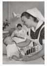 Emile v. Moerkerken(1916-1995) -  Leerling-vroedvrouw. 21j., ca. 1959 - Postkaart -  B3472-1