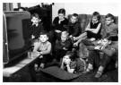 Anoniem  -  Jonge Televisiekijkertjes - Postkaart -  B3492-1