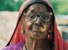 Karin van Oostrom  -  Bishnoi vrouw, India - Postkaart -  C11859-1
