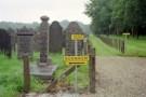 Prior / Frank, Pauline / Anita -  Begraafplaats Muiderberg, 2001 - Postkaart -  C9773-1