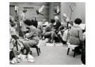 Spaarnestad Fotoarchief,  -  Sinterklaas bezig met het passen van schoenen - Postkaart -  D1157-1