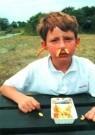 Ronald Hammega (1948)  -  De patat komt m'n neus en oren uit. / fries / frites / friet - Postkaart -  PS887-1