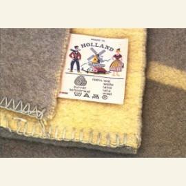 Wollen dekens met etiket Made in Holland, jaren 50