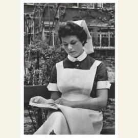 Leerling-verpleegster. 21j., ca. 1959