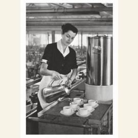 Serveerster in fabriekscantine. 28 j. (N.Brabant)