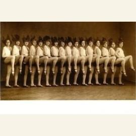 Carnaval dansmeisjes